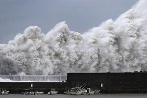 Những hình ảnh hãi hùng, ám ảnh người dân Nhật Bản của siêu bão Jebi