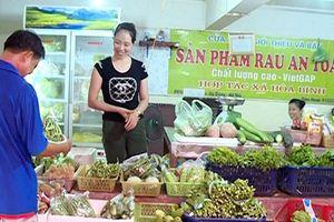 Hà Đông bảo đảm an toàn thực phẩm trong bếp ăn các nhà trường