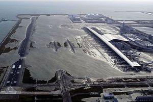 Nguy cơ tổn thất kinh tế lớn khi sân bay Nhật Bản có thể phải đóng cửa một tuần vì bão Jebi