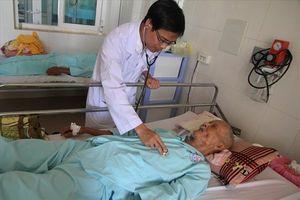 Cứu sống bệnh nhân 88 tuổi ngừng tim, ngừng thở