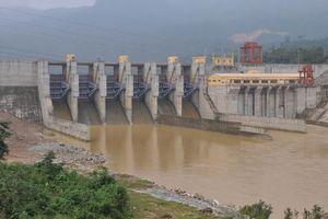Nỗi lo mang tên thủy điện (Kỳ cuối: Phương án phòng chống lũ lụt, an toàn hồ đập còn nhiều bất cập)