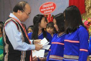 Giáo dục là nền tảng cho sự phát triển của đất nước