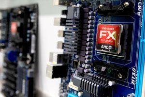 AMD 'bay cao' vì nhận hàng loạt dự báo đánh bại Intel