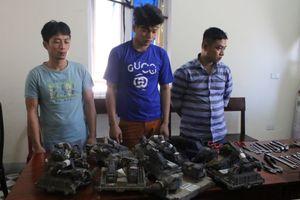 Bắt nhóm 'đạo tặc' liên tỉnh chuyên trộm hộp đen xe container