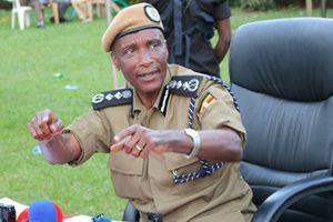 Cảnh sát trưởng thông đồng với các băng nhóm tội phạm