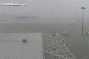Đường bay đến Nhật tiếp tục gián đoạn do hậu quả siêu bão Jebi