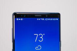Mẫu điện thoại Samsung đầu tiên có máy quét vân tay nhúng trong màn hình sẽ ra mắt vào tháng tới