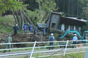 Động đất 6,7 độ richter chôn vùi nhiều nhà cửa trên đảo Hokkaido của Nhật bản