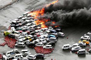 Khung cảnh điêu tàn ở Nhật Bản sau khi siêu bão Jebi đổ bộ