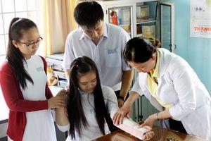 Mức đóng bảo hiểm y tế học sinh, sinh viên năm học 2018 - 2019
