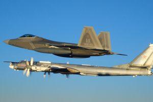 Tiêm kích Mỹ chặn máy bay ném bom Tu-95 của Nga tập trận gần Alaska
