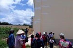 Lâm Đồng: Trường vừa xây xong đã nứt, phụ huynh và học sinh lo lắng