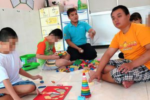 Thiếu chính sách chăm lo trẻ tự kỷ