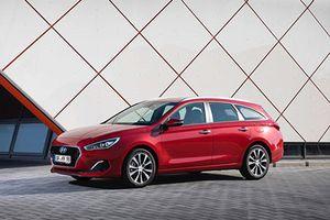 'Soi' xe Hyundai i30 mới, uống chỉ 3,8 lít xăng/100km