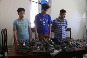Hà Tĩnh: Bắt nhóm chuyên trộm hộp đen trên các xe đầu kéo container