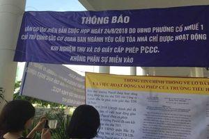 Trường Pascal lại bị 'khủng bố' bằng banner