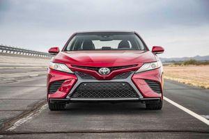 Top 10 xe hơi cỡ trung bán chạy nhất thế giới: Toyota Camry 'vô đối'