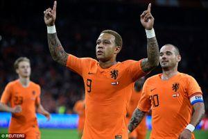 Hà Lan 2-1 Peru: Depay rực sáng trong ngày chia tay Wesley Sneijder