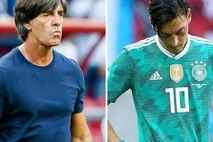 HLV Joachim Low: Tuyển Đức đóng mọi cánh cửa với Ozil