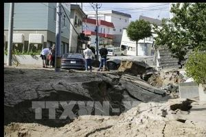 Nhật Bản chạy đua với thời gian tìm kiếm cứu hộ nạn nhân động đất