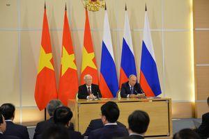 Tổng Bí thư và Tổng thống Putin gặp gỡ báo chí sau hội đàm