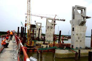Các dự án chống ngập ở TPHCM... mắc cạn: Vẫn loay hoay tìm phương án tháo gỡ