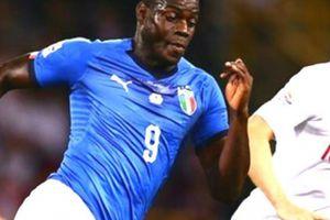 Italia hòa vất vả Ba Lan, Mancini nói gì về Balotelli?