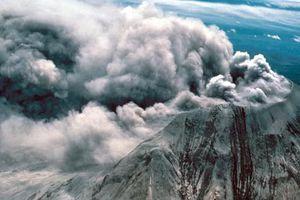 Vết sẹo trái đất mở 'cổng địa ngục' dưới siêu núi lửa