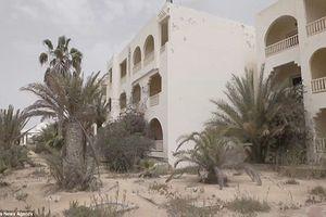Đột nhập loạt khách sạn 'ma' bị bỏ hoang ở Tunisia