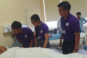 Ra mắt CLB hỗ trợ bệnh nhân Lào tại Huế
