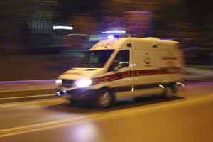 Xe khách lao xuống mương, 45 người thương vong