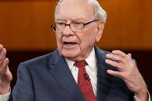 Warren Buffett: 'Một gia đình giàu có không bỏ rơi người nghèo ở phía sau'