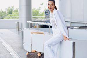 Siêu mẫu Khả Trang mặc cây trắng tuyệt đẹp, lên đường tham dự cuộc thi Siêu mẫu Quốc tế 2018