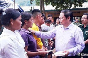 Trưởng ban tổ chức Trung ương thăm vùng lũ Mường Lát