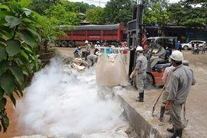 Vỡ hồ chứa chất thải nhà máy phân bón ở Lào Cai: Môi trường bị ảnh hưởng thế nào?