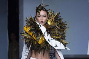 Diệu Huyền làm vedette tại tuần lễ thời trang Couture New York