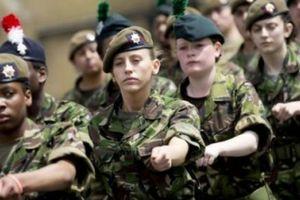 Giật mình với số nữ binh bị cưỡng hiếp, tấn công tình dục ở Anh