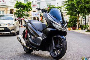 Dân chơi Sài Gòn chi trăm triệu độ Honda PCX 2018