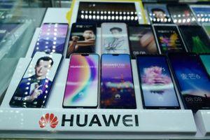 Huawei sửa sai sau vụ bị tố gian lận hiệu suất smartphone