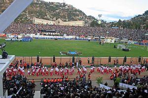 Giẫm đạp khủng khiếp ở bóng đá châu Phi