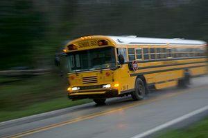 Tài xế xe buýt đột tử, học sinh cầm lái giải cứu toàn bộ hành khách
