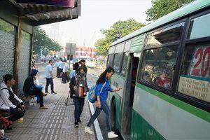 TPHCM đề xuất miễn phí xe buýt cho học sinh
