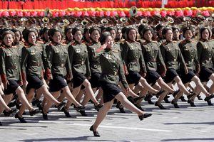 Thông điệp của Triều Tiên trong cuộc diễu binh không tên lửa ICBM