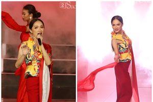 Hương Giang gầy gò trên sân khấu đêm Chung kết 'Siêu mẫu Việt Nam 2018'