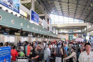 Tỷ lệ chậm hủy chuyến của hàng không Việt cao hơn chuẩn thế giới