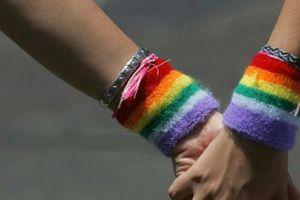 Việc ban hành luật Chuyển đổi giới tính là rất cần thiết!