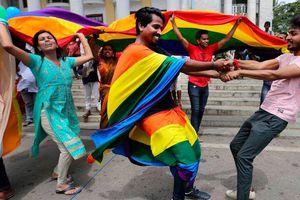 Chặng đường hơn 150 năm đấu tranh gỡ bỏ lệnh cấm quan hệ đồng giới của Ấn Độ