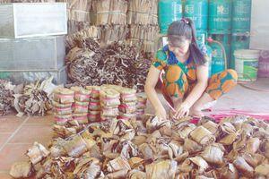 Bánh gai Tứ Trụ: Món ngon thấm vị hồn quê