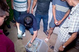 Đã thu hồi được bao nhiêu tiền từ 2 tên cướp ngân hàng ở Khánh Hòa?
