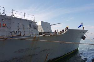 Clip tàu khu trục Hàn Quốc tới Đà Nẵng